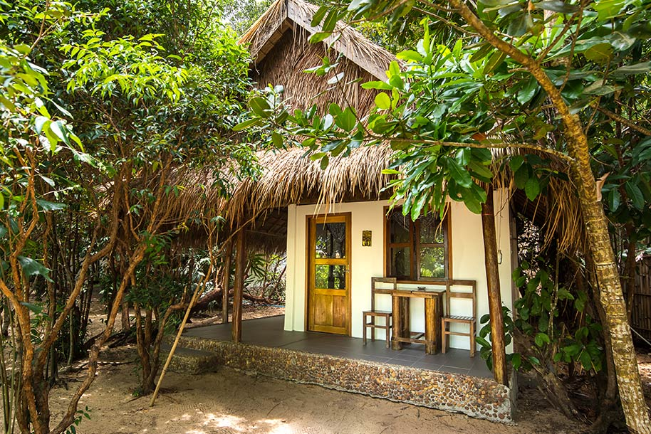 Beach-Bungalow_Sunboo_Front_1_B